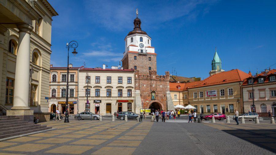 Lublin-Autorstwa-jakubtravelphoto-shutterstock_397417486-900x506